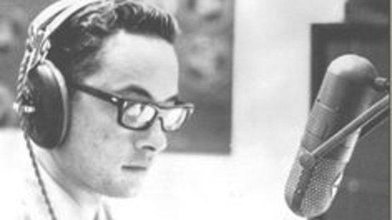 'Günaydın Vietnam' anonsuyla sembol olmuştu... Ünlü radyocu Adrian Cronauer öldü