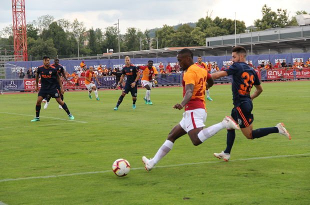 Galatasaray Valencia MAÇ SONUCU ve ÖZETİ - Onyekuru Aslan'a yetmedi!