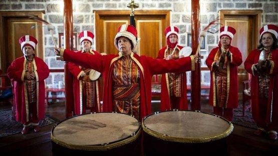 Başkent'in ilk kadın mehteran takımı