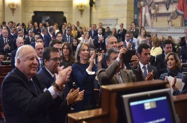 Kolombiya'da eski FARC gerillaları ilk kez parlamentoda