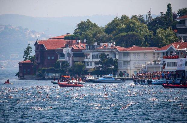 Son dakika: İstanbul'da kıtalararası yüzme yarışı tamamlandı