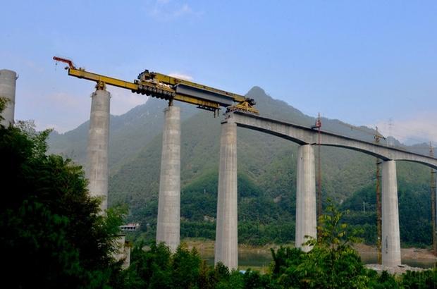 Çin'in mega makineleri dünyayı birbirine bağlıyor