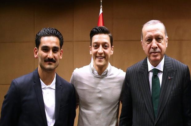 Mesut Özil, Erdoğan ile çektirdiği fotoğrafı savundu: Bu saygının gereğidir, siyasi amacı yoktur