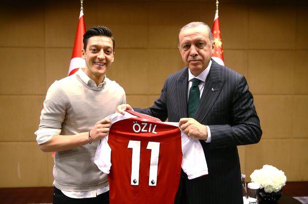 Son dakika... Mesut Özil Alman milli takımını bıraktı