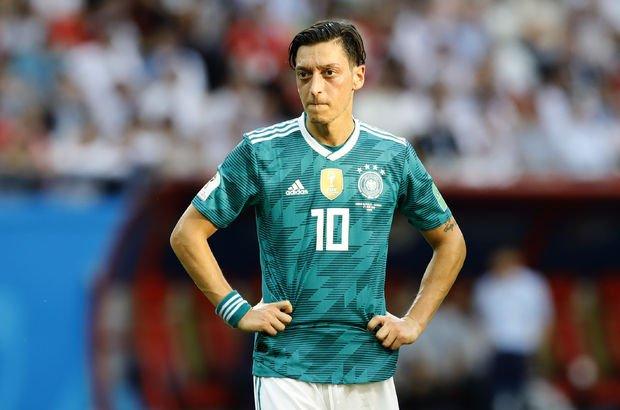Mesut Özil'in milli takımı bırakmasının ardından yorumlar