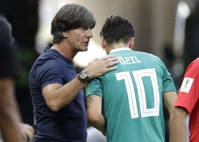 Rıdvan Dilmen'den Mesut Özil yorumu