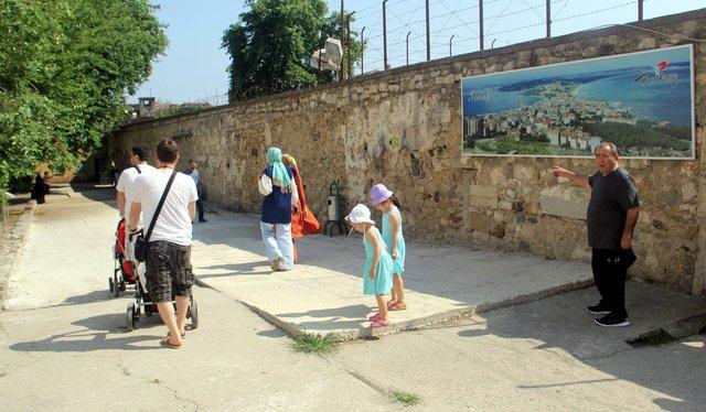 Tarihi cezaevi tatilcilerin uğrak noktası oldu