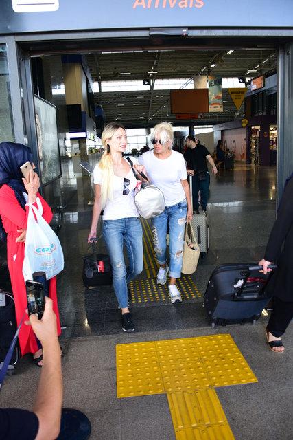Süperstar Ajda Pekkan, tatil sezonunu açtı - Magazin haberleri