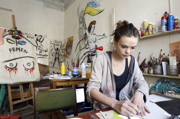 Son dakika... FEMEN'in kurucusu Oksana Shachko intihar etti!