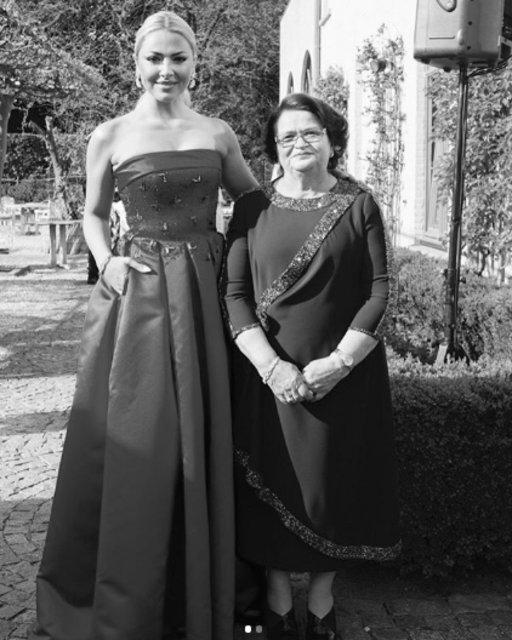 Hadise'nin annesi Gülnihal Açıkgöz intihar mı etti? - Magazin haberleri
