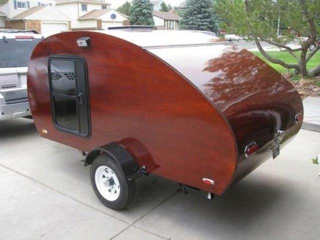 Kendi karavanını kendisi yaptı