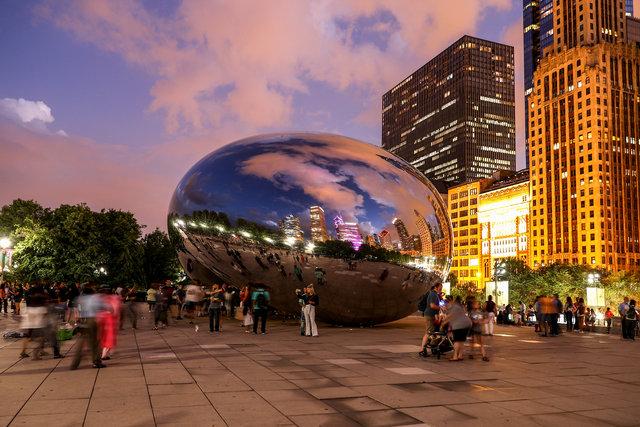 """Chicago'nun """"Bulut Kapısı""""na turist ilgisi"""