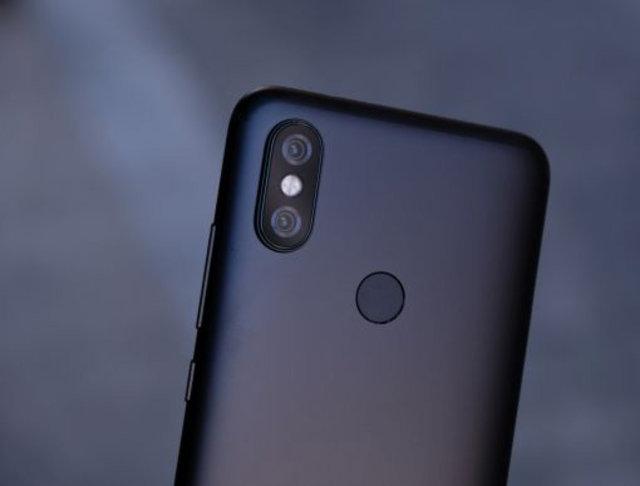 Uygun fiyata performans vaat eden A1'in halefi Xiaomi Mi A2