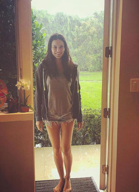 Metin Hara'dan sevgilisi Adriana Lima'ya duygusal mesaj