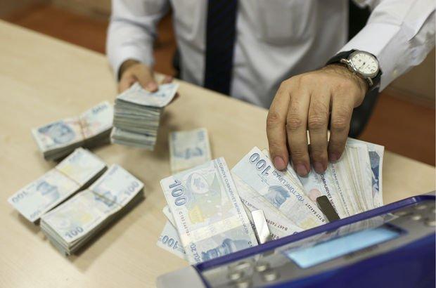 Bankalar kredilerin yönetiminde yetersiz kaldı