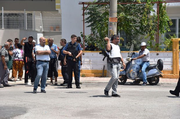 Polis tarafları güçlükle yatıştırdı