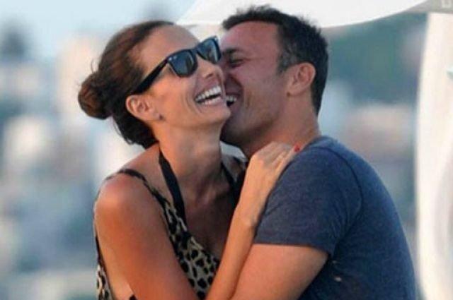 Mustafa Sandal: Üzülmeyin, biz çok mutluyuz - Magazin haberleri