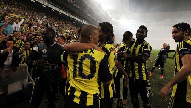 2012'de oynanan Fenerbahçe - Marsilya maçının ilginç detayları (Alex, Valbuena, Ayew, Ivan Bebek)