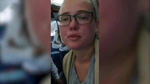 İsveçli kadın aktivistten ses getiren protesto! Türk yolcular da destek verdi