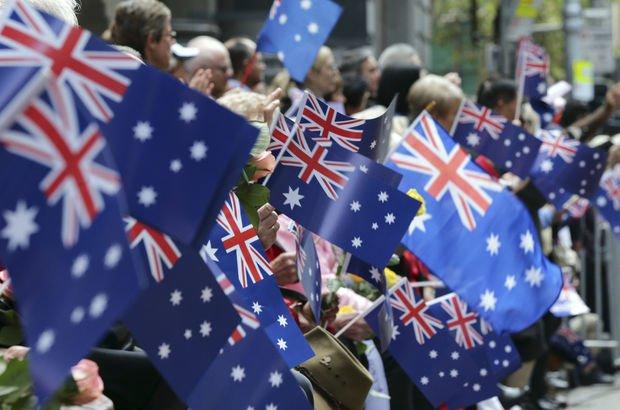 İki ülke arasında bayrak krizi: Kendinize yeni bayrak bulun