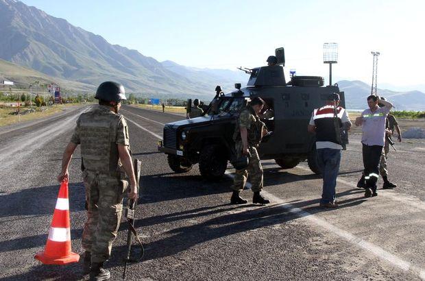 Son dakika: PKK tuzağı, emniyete ait zırhlı aracın geçisi sırasında patladı