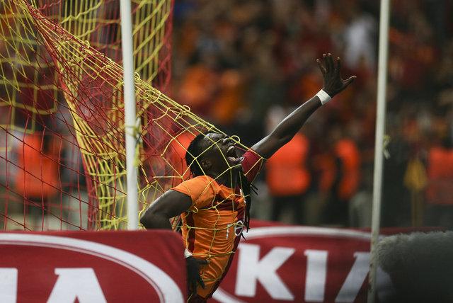 Galatasaray'da son dakika Gomis depremi! Menajerinden olay yaratacak açıklamalar!