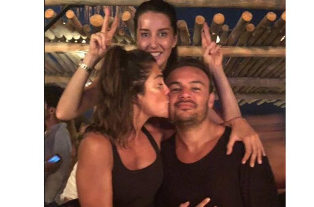 Deniz Akkaya ile Gökmen Şeynova'nın aşkları dolu dizgin - Magazin haberleri