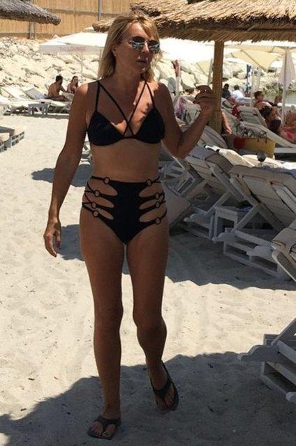 Seda Akgül'den havuzda bikinili paylaşım - Magazin haberleri