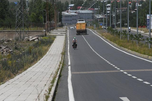 Avrupa'dan Asya'ya pedal çeviriyor