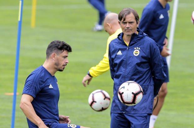Cocu'dan Fenerbahçeli Giuliano için sürpriz karar