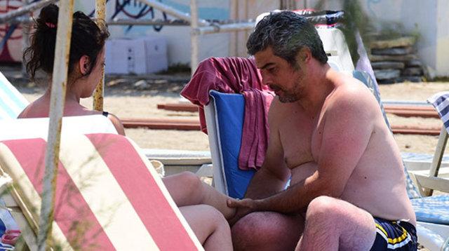 Murat Prosçiler sevgilisine ayak masajı yaptı - Magazin haberleri