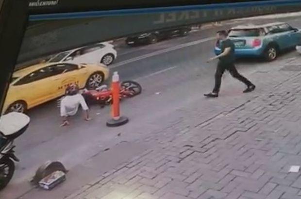 Taksiye yol veren motosiklet sürücüsüne çarptı