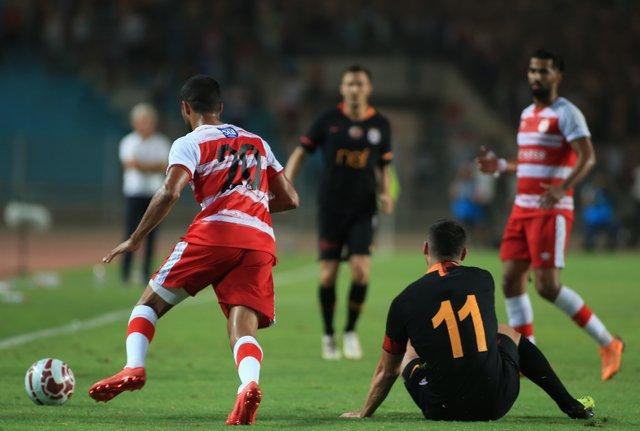Club Africain - Galatasaray maçındaki gerginlik, maç sonrasında da sürdü!