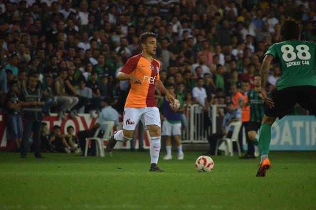 Galatasaray'da Yunus Akgün çılgınlığı! Fatih Terim'in yeni prensi sosyal medyaya damga vurdu