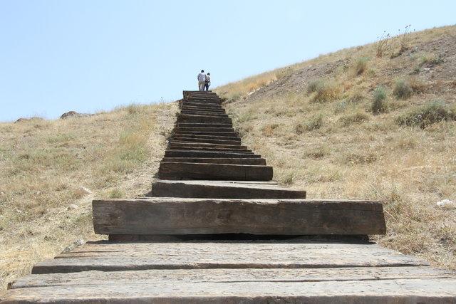 Eski demiryolu traversleri tarih yoluna basamak oldu