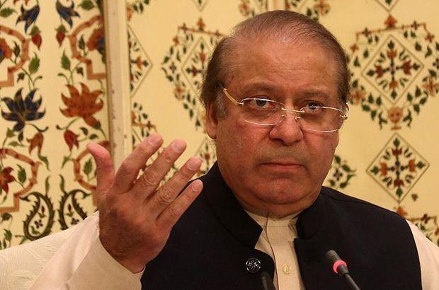 Cezaevindeki eski Pakistan Başbakanı Navaz Şerif hastaneye kaldırıldı