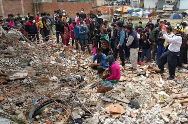 Nepal'de doğal afetler 455 can aldı