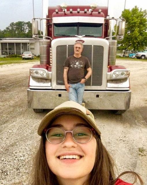 Tamer Karadağlı kızı Zeyno ile Amerika tatilinde - Magazin haberleri