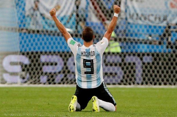 Son dakika: Gonzalo Higuain transfer oluyor!