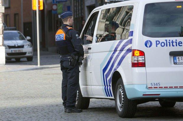 Son dakika... Belçika'da korkunç olay: Futbol sahasında kendini patlattı!