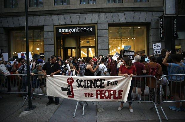 New York'ta Microsoft ve Amazon karşıtı protesto
