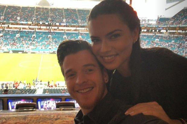 Adriana ve Metin sahadan paylaştı