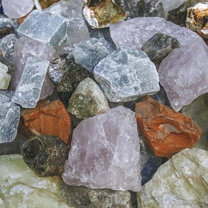 elmastan daha sert mineral