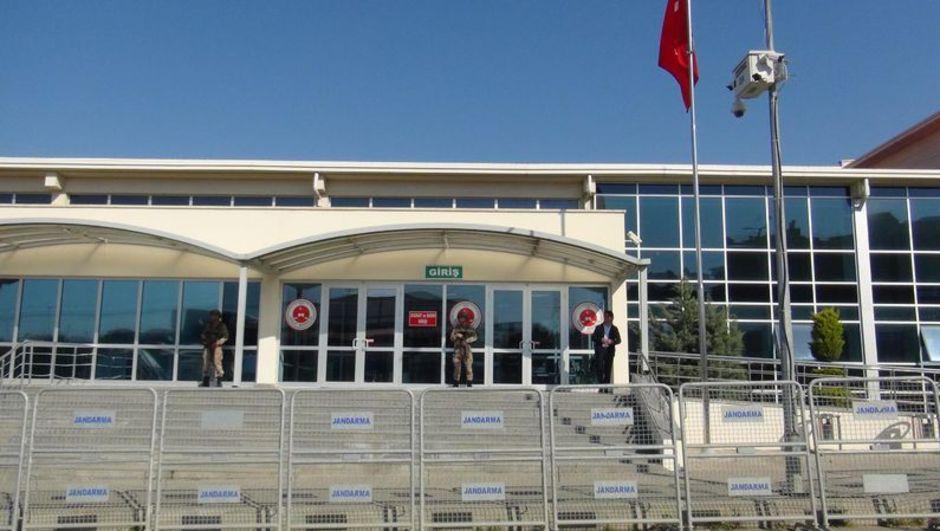 Kapatılan Karşı gazetesi çalışanlarına dava açıldı
