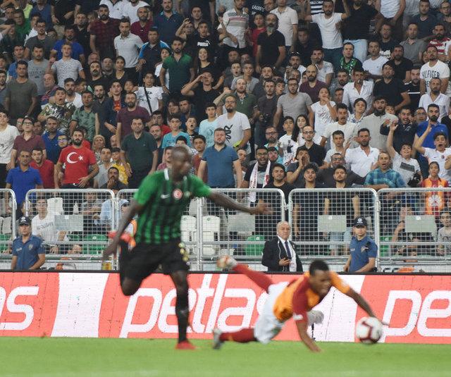 Cüneyt Çakır'ın Galatasaray Akhisarspor maçındaki kararını Bülent Yavuz yorumladı: Garry Rodrigues ile Dany arasında...