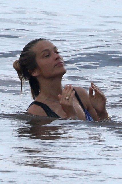 Model Petra Nemcova, Tulum'da tatilde - Magazin haberleri