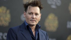 Johnny Depp'in filmi gösterimden çekildi!