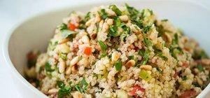 Doyurucu diyet salata tarifi: Kinoa salatası