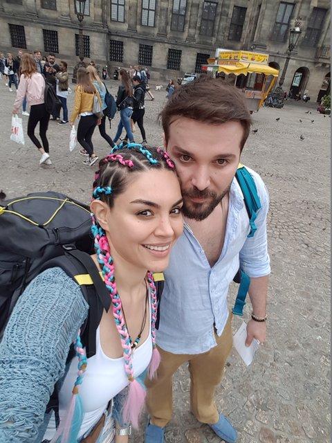 Gaye Turgut ile Deniz Evin, Avrupa'da aşk tazeledi - Magazin haberleri