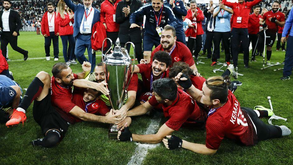 Avrupa şampiyonları, Dünya Kupası'na hazırlanıyor